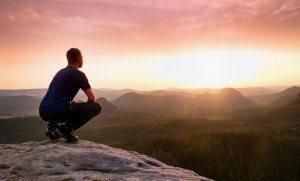 Ser feliz, empreender ou ser feliz empreendendo?