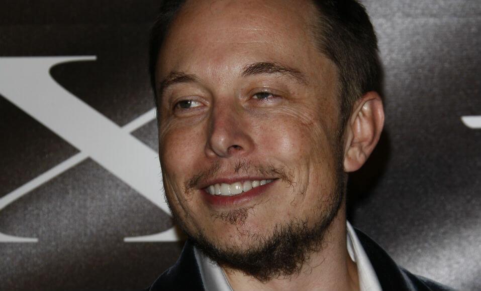 Carros elétricos, foguetes, baterias solares: tudo isso é Elon Musk. E ele está só começando.