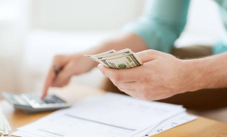 Empréstimos: as vantagens e desvantagens de se recorrer ao capital de terceiros