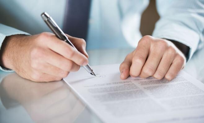 Tag along e drag along: proteja seu negócio em negociações com sócios