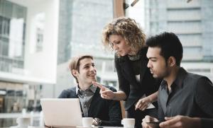 Como o intraempreendedorismo pode impulsionar a inovação em sua empresa