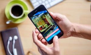 De desempregado a bilionário: a vida do CEO do Airbnb