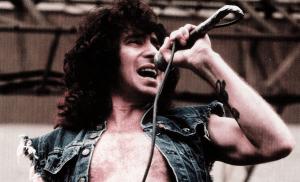 Muito além do Rock: o que o AC/DC pode te ensinar sobre alocação de recursos