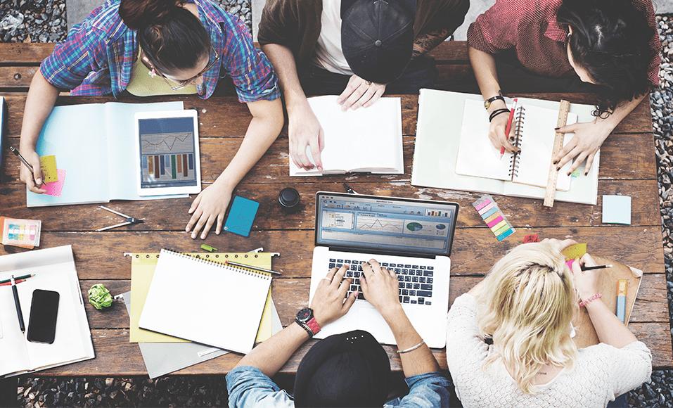 Entra estudante, sai empreendedor: como o TCC Startup e o iLab dão vida  a projetos de alunos